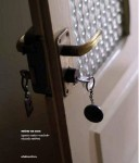 Livro e fotografia e poesia Entrar na casa, de Ignacio Castro e Eduardo Estévez